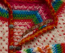The lining is covered by a woven band.